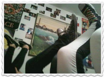 Fiona & teen girl legs