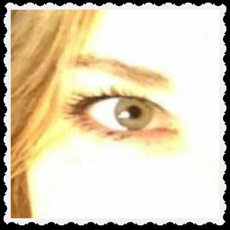 Amy's eye